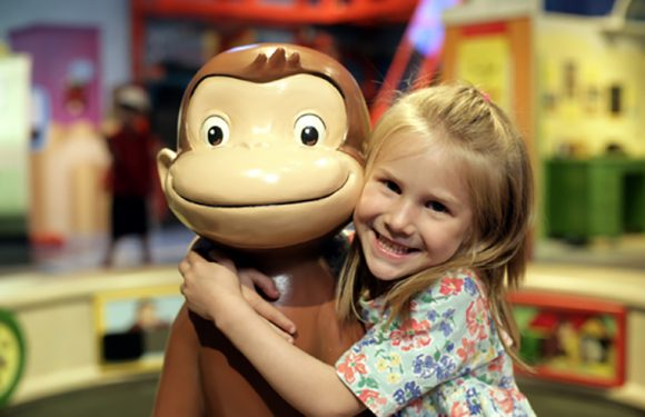 Curious George: Let's Get Curious